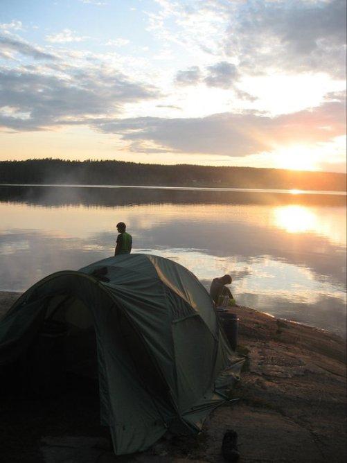 Eine der ersten größeren Touren durch Norwegen und Schweden mit Rücksack, Zelt und Köcher (Sommer 2011)