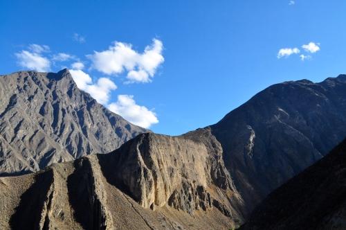 Kleine Wanderung in der Sierra von Lima auf dem ersten Zwischenseminar - Churin